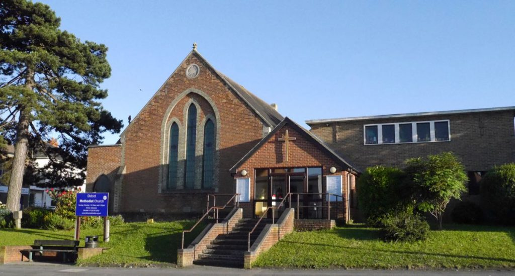 Front exterior of Didcot Methodist Church